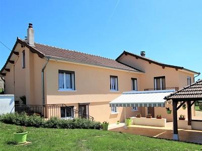MAISON A VENDRE - TOURNUS - 196 m2 - 349000 €