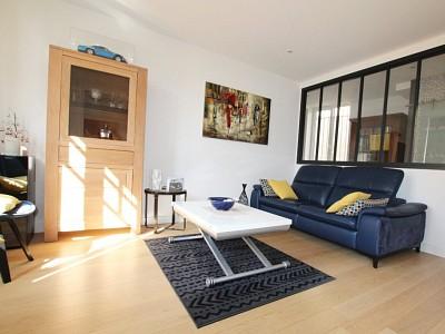 APPARTEMENT T3 A VENDRE - TOURNUS - 65,25 m2 - 106000 €