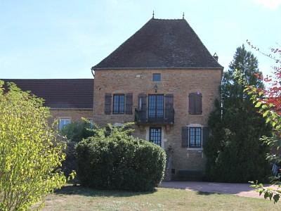 MAISON A VENDRE - TOURNUS - 141 m2 - 291000 €