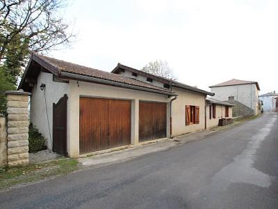 MAISON DE VILLAGE AVEC BELLE VUE SAONE A VENDRE - TOURNUS - 141 m2 - 207000 €