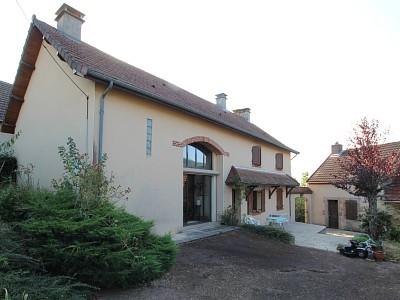 MAISON A VENDRE - AUTUN - 159 m2 - 269000 €