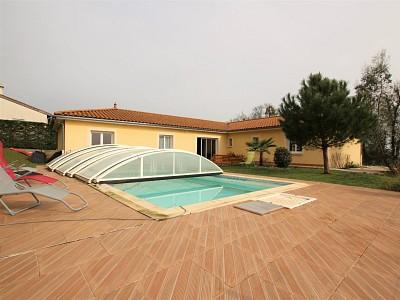 MAISON A VENDRE - TOURNUS - 160 m2 - 298000 €