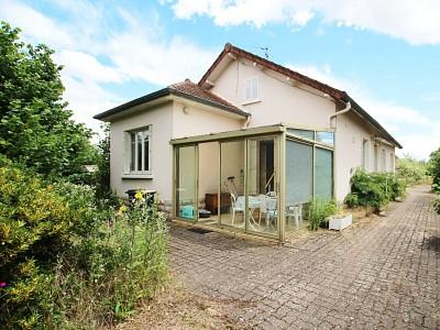 MAISON A VENDRE - ST MARCEL - 166 m2 - 317500 €