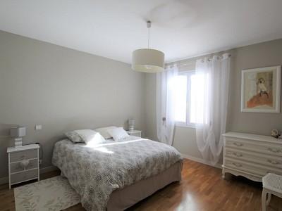 MAISON A VENDRE - TOURNUS - 161,08 m2 - 379000 €