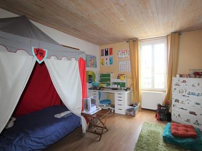 MAISON A VENDRE - TOURNUS - 193 m2 - 249000 €