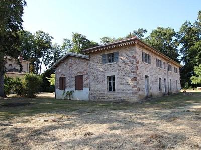 PROPRIETE - PONT DE VAUX - 341 m2 - 855000 €