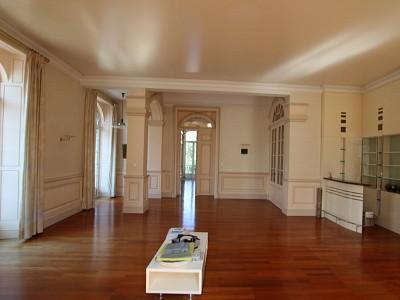 APPARTEMENT T8 A VENDRE - CHALON SUR SAONE - 352,59 m2 - 698000 €