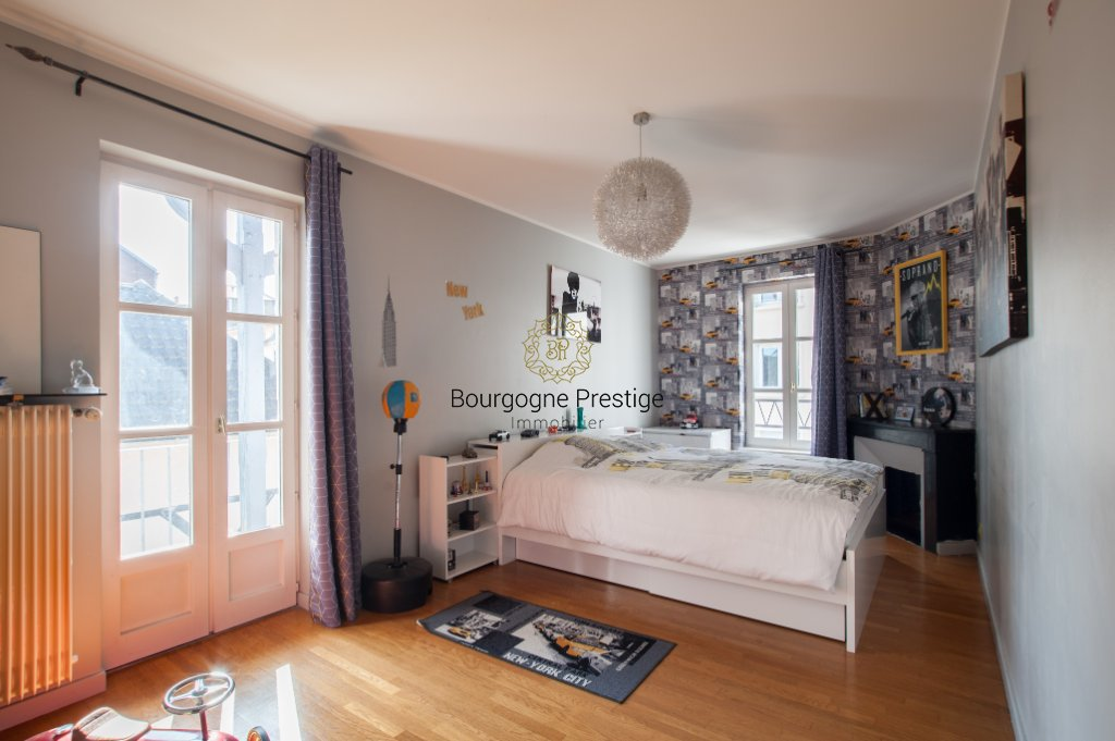 appartement t7 a vendre chalon sur saone 158 9 m2 279 000 immobilier chalon sur saone. Black Bedroom Furniture Sets. Home Design Ideas