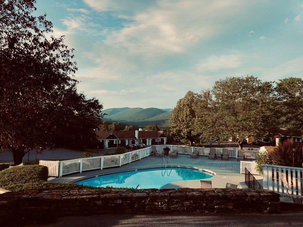 Quelles sont les obligations si vous vendez une maison avec piscine ?